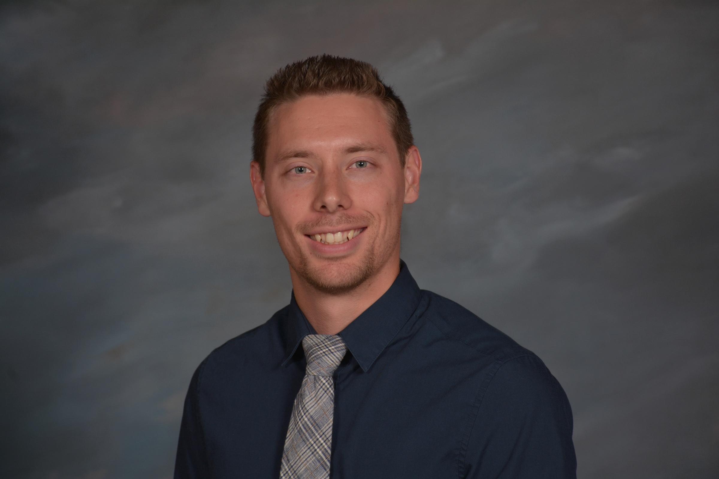 Tim Gruchacz - College Leader